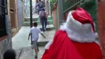 Santa Claus llega a calles de Caracas