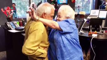 Se vuelve viral video de abuelos bailando reguetón
