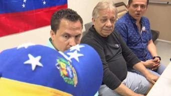 Venezolanos en Naples apoyan a Juan Guaidó