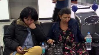 Venezolanos continúan varados en aeropuerto de Miami