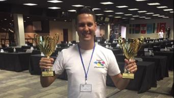 Profesor cubanoamericano rompe 2 récords de cálculo mental