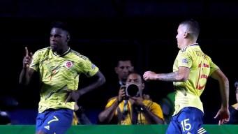 Colombia vence a Qatar sobre el final y pasa a cuartos