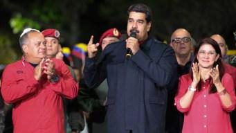 Chavismo celebra resultados, oposición denuncia fraude