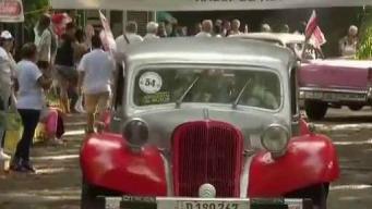 Los almendrones cubanos distinguen las calles de La Habana