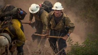 Trump declara desastre en áreas arrasadas por incendios