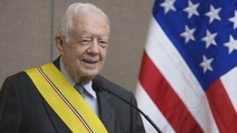 El expresidente Jimmy Carter se fractura la pelvis