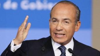 Expresidente Calderón llama a organizarse contra AMLO