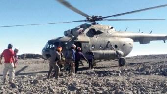 Muere alpinista y rescatan a 9 en el Pico de Orizaba