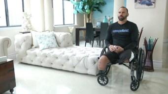 Valientes: Policía de Miami se levanta tras perder sus piernas