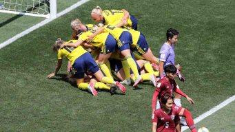 Error de defensa y Suecia mete el segundo contra Tailandia
