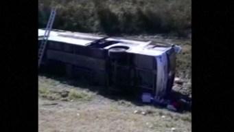 Vuelco de autobús con jubilados deja 13 muertos