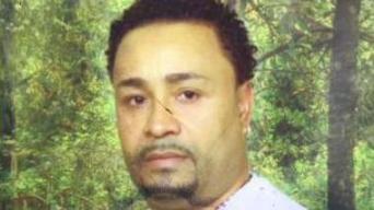 Buscan a sospechoso de asesinar a su vecino en Carolina