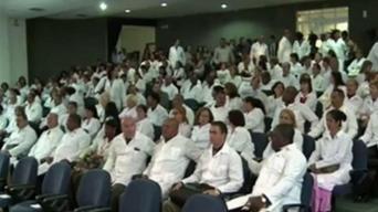 Cuba retira médicos de Honduras tras fin de convenio
