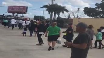 Pánico por supuesta alerta de disparos en Walmart de Miami-Dade
