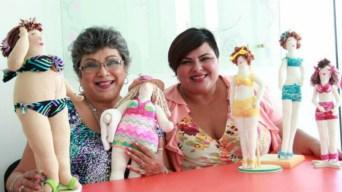 Con muñecas, mujeres aprenden a amarse a sí mismas