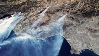 Así se ven los incendios en California desde el espacio