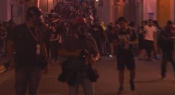 Dispersan violentamente a manifestantes en San Juan