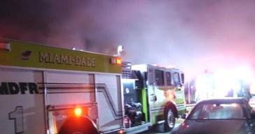 Una familia sin hogar por voraz incendio en Hialeah