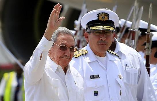 Raúl Castro en Cartagena para firma de la paz colombiana