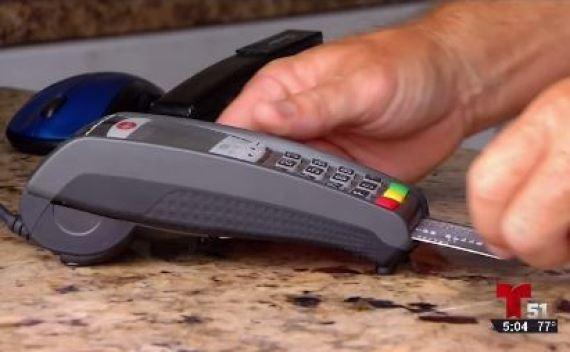 Cuatro arrestados por traficar con tarjetas de crédito