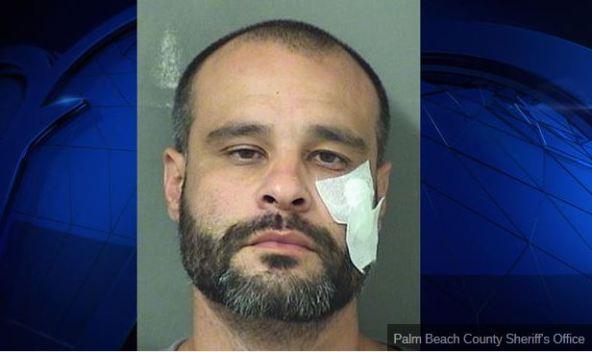 Reparador acusado de agredir a una mujer en su casa