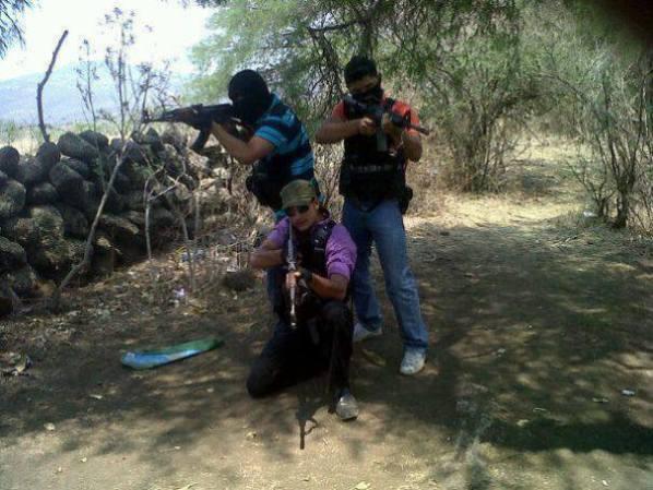 Las fuerzas armadas mexicanas y la delincuencia - galería fotos - Tlmd_broly15