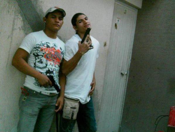Las fuerzas armadas mexicanas y la delincuencia - galería fotos - Tlmd_broly8