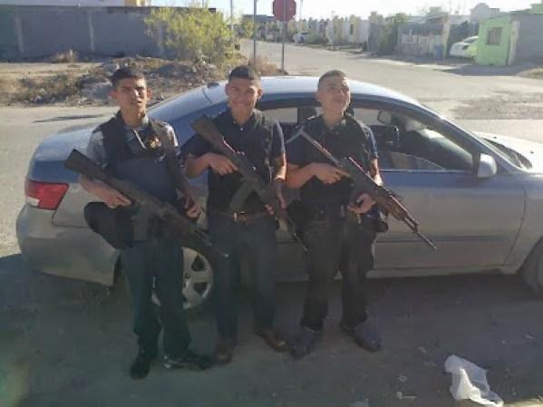 Las fuerzas armadas mexicanas y la delincuencia - galería fotos - Tlmd_sicariosnuevolaredo04