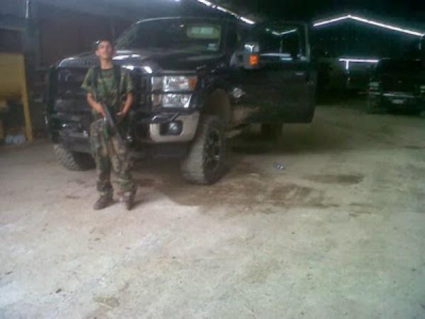 Las fuerzas armadas mexicanas y la delincuencia - galería fotos - Tlmd_sicariosnuevolaredo11