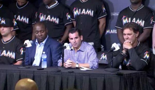 Fotos de la conferencia de prensa de los Marlins