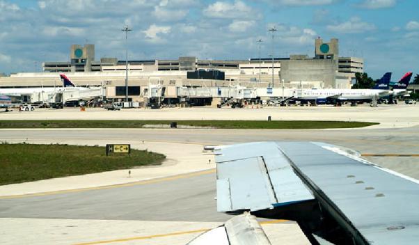 Visitas de Trump provocarán restricciones aéreas en Florida