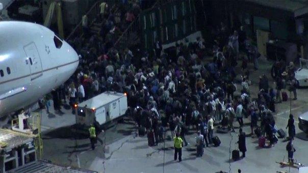 Cierran parte de aeropuerto de L.A. por falso tiroteo