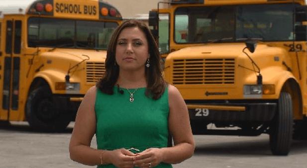 ¿Qué seguros son los autobuses escolares?