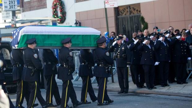 Despiden a policía hispano en Nueva York