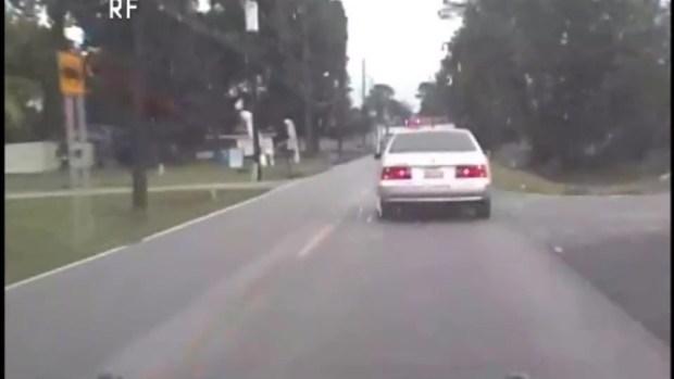[TLMD - Houston] Impactante: video muestra adolescente hispano disparando a oficiales