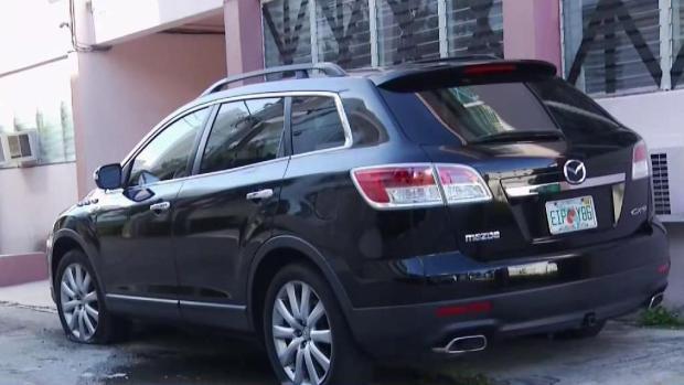 [TLMD - MIA] Casi dos docenas de vehículos vandalizados en Miami Beach