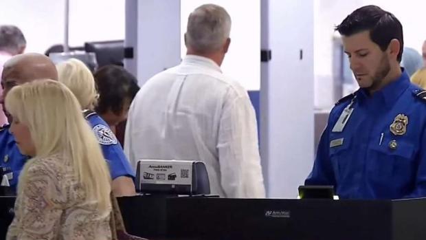 [TLMD - MIA] Cierre del gobierno afecta vuelos en aeropuerto de Miami