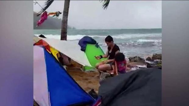 Cubanos varados en Panamá entre la selva y la muerte