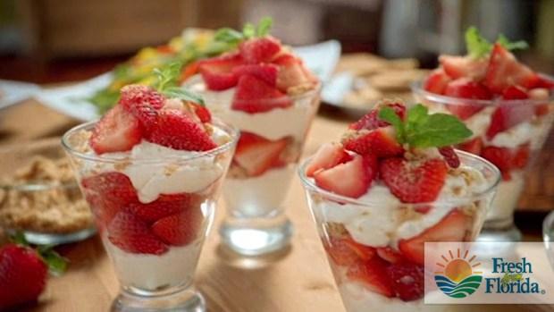 Video: Parfait de Fresas de la Florida