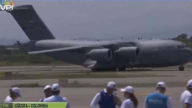 [TLMD - MIA] Llega a Cúcuta aviones militares con ayuda humanitaria