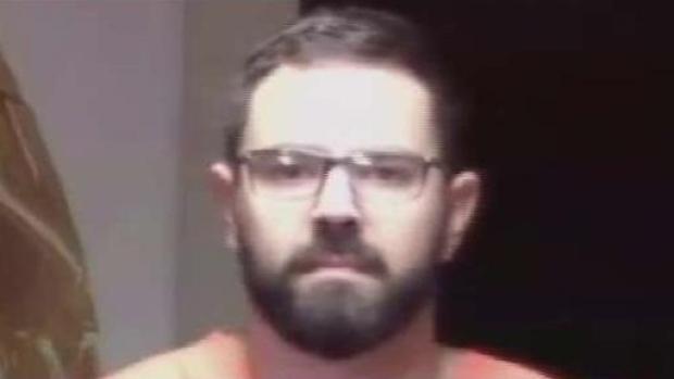 [TLMD - MIA] Maestro de Miami acusado de violencia doméstica