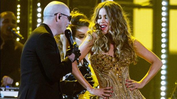Fotos: Sofia Vergara se subió al taxi de Pitbull