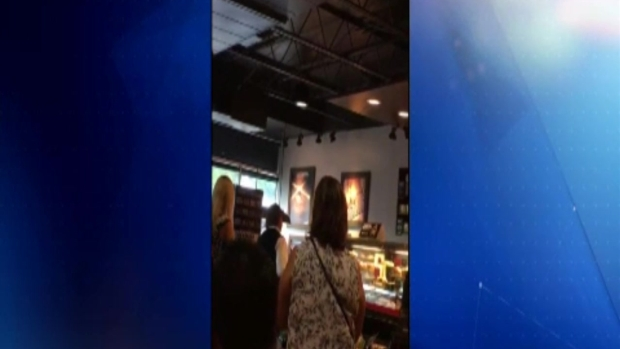 [TLMD - MIA] Altercado en Starbucks de Coral Gables