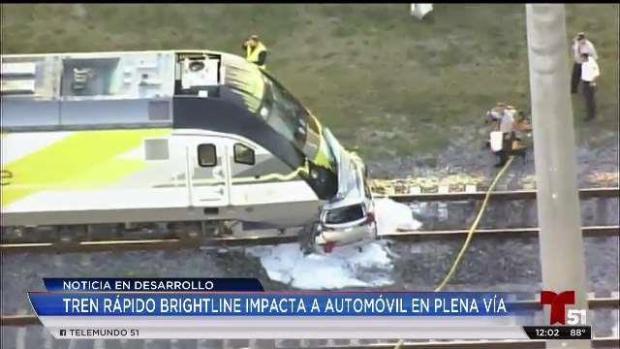 [TLMD - MIA] Tren Brightline choca contra auto en plena vía