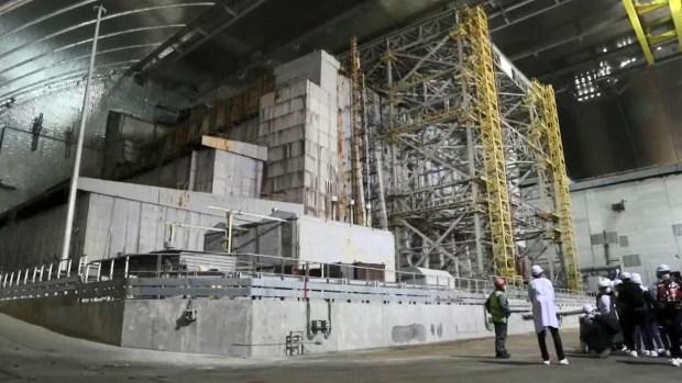 [TLMD - LV] Zelenski inaugura el nuevo sarcófago sobre el reactor nuclear de Chernóbil