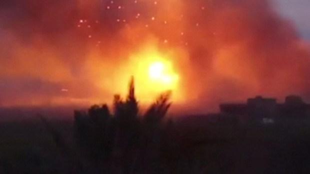 De cerca: cómo le tiran los bombazos a ISIS
