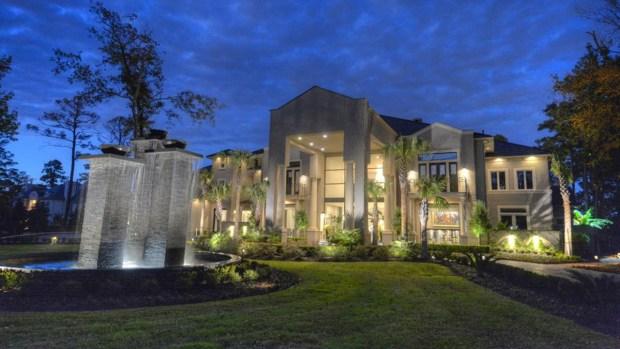 Fotos: A la venta casa del clóset millonario por $13 millones