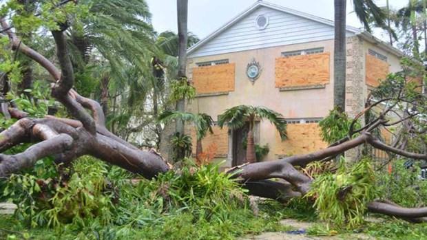 Miami recibe los embates del huracán Irma