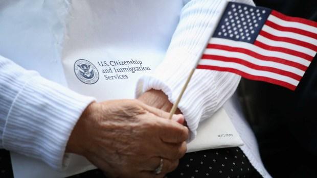 [TLMD - LV] Cierre de gobierno: cómo afecta los casos de Inmigración
