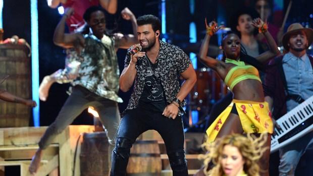 Pura emoción y energía Premios Tu Mundo 2015